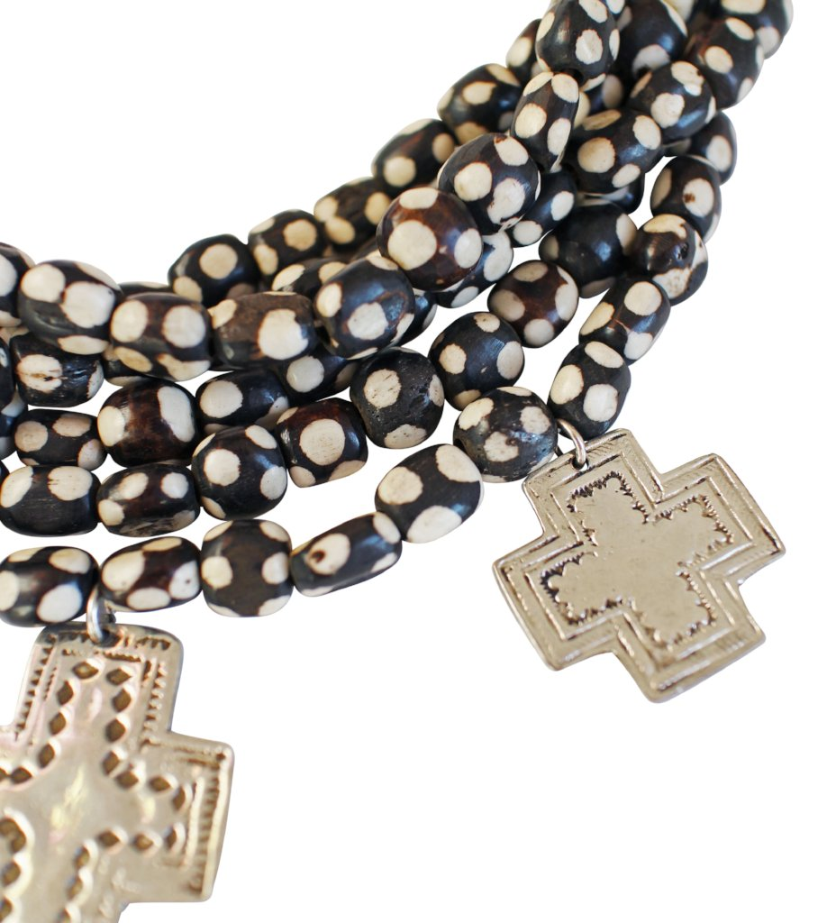 Beaded Necklace with Crosses: Black with White