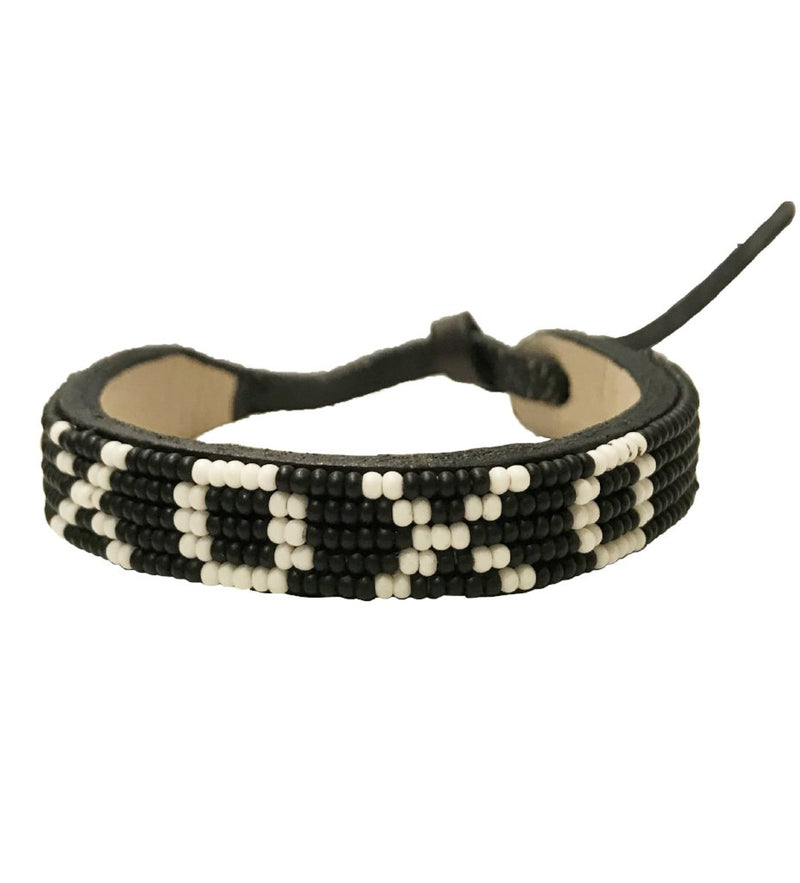 Beaded XOXO Bracelet: Black with White