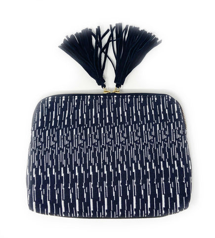 Ande Stripe Clutch: Navy Blue/Indigo