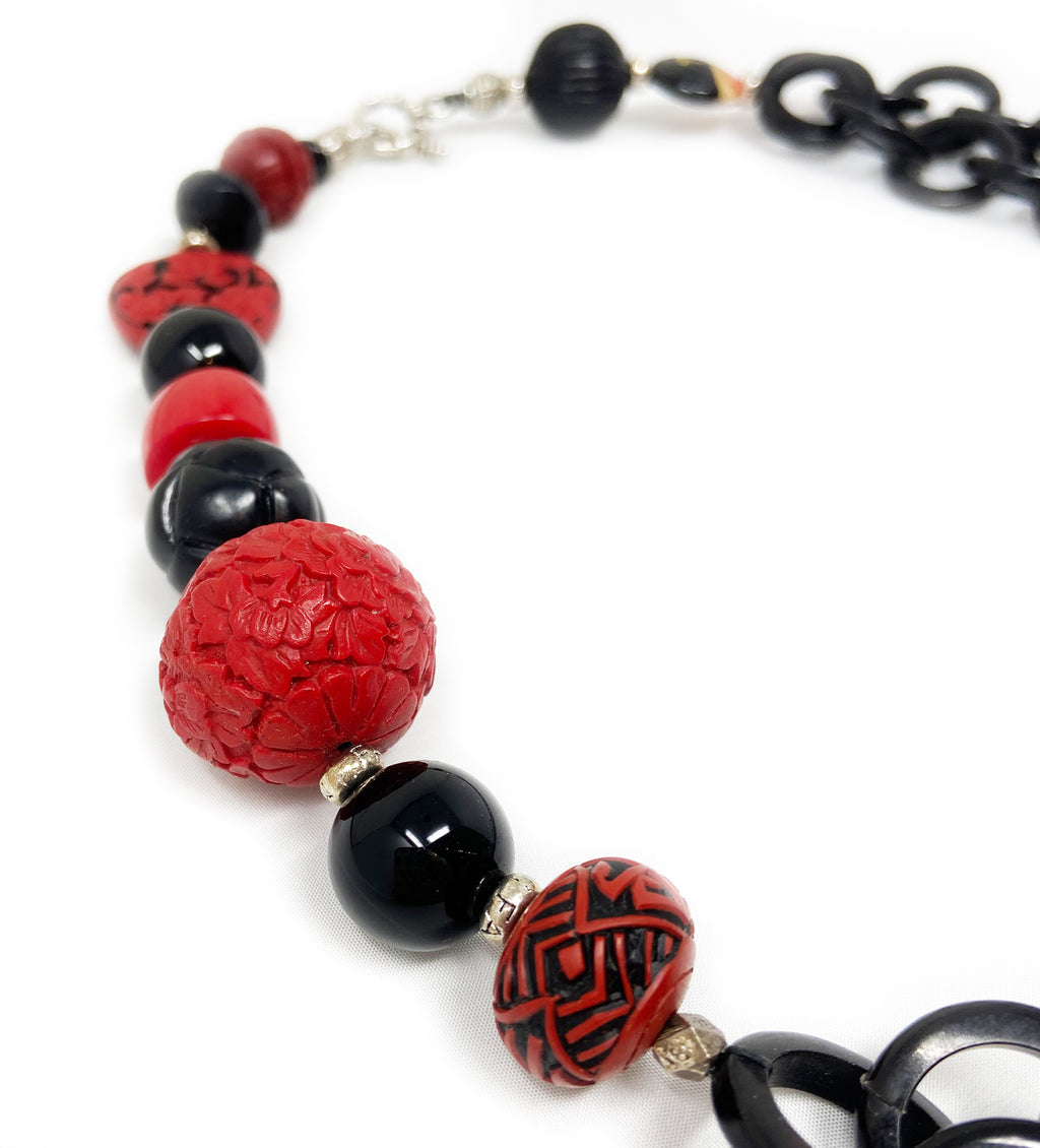 Black Horn Link Chain with Scarlet Necklace