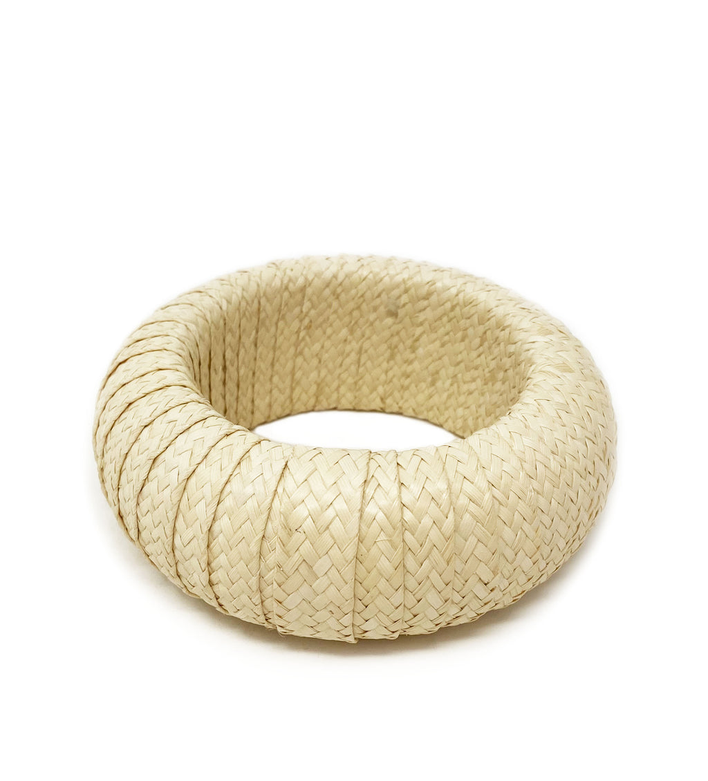 Cana Flecha Large Bangle: Natural