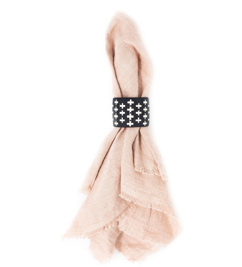Colombian Woven Napkin Ring: Black Cross