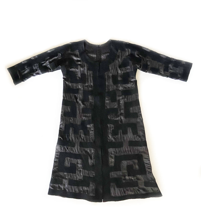 Felted Mola Pattern Long Jacket: Black