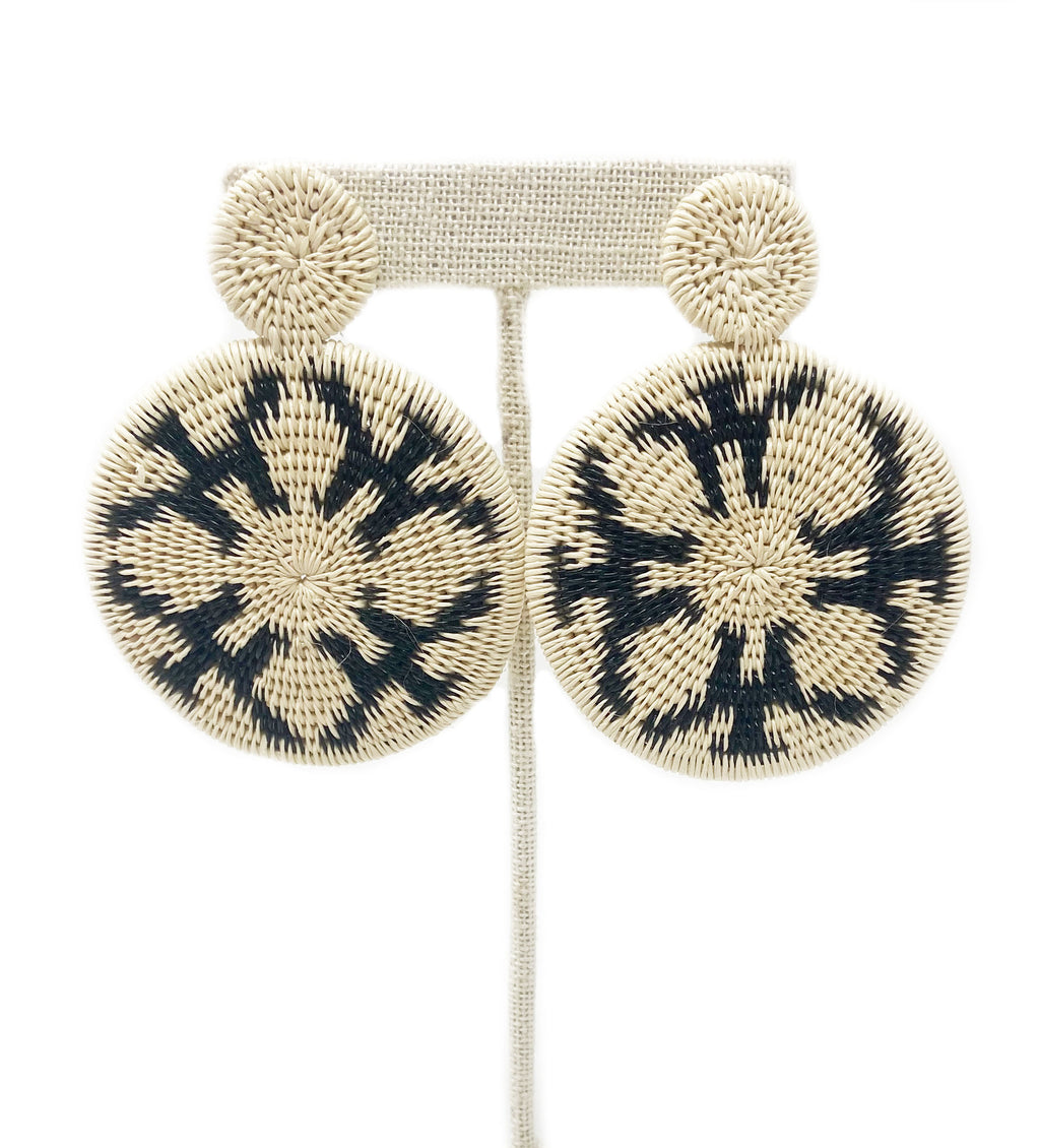 Geometric Woven Disc Earring: Black and White