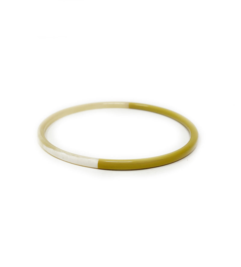Hand Carved Lacquered Horn Bangle: Citron