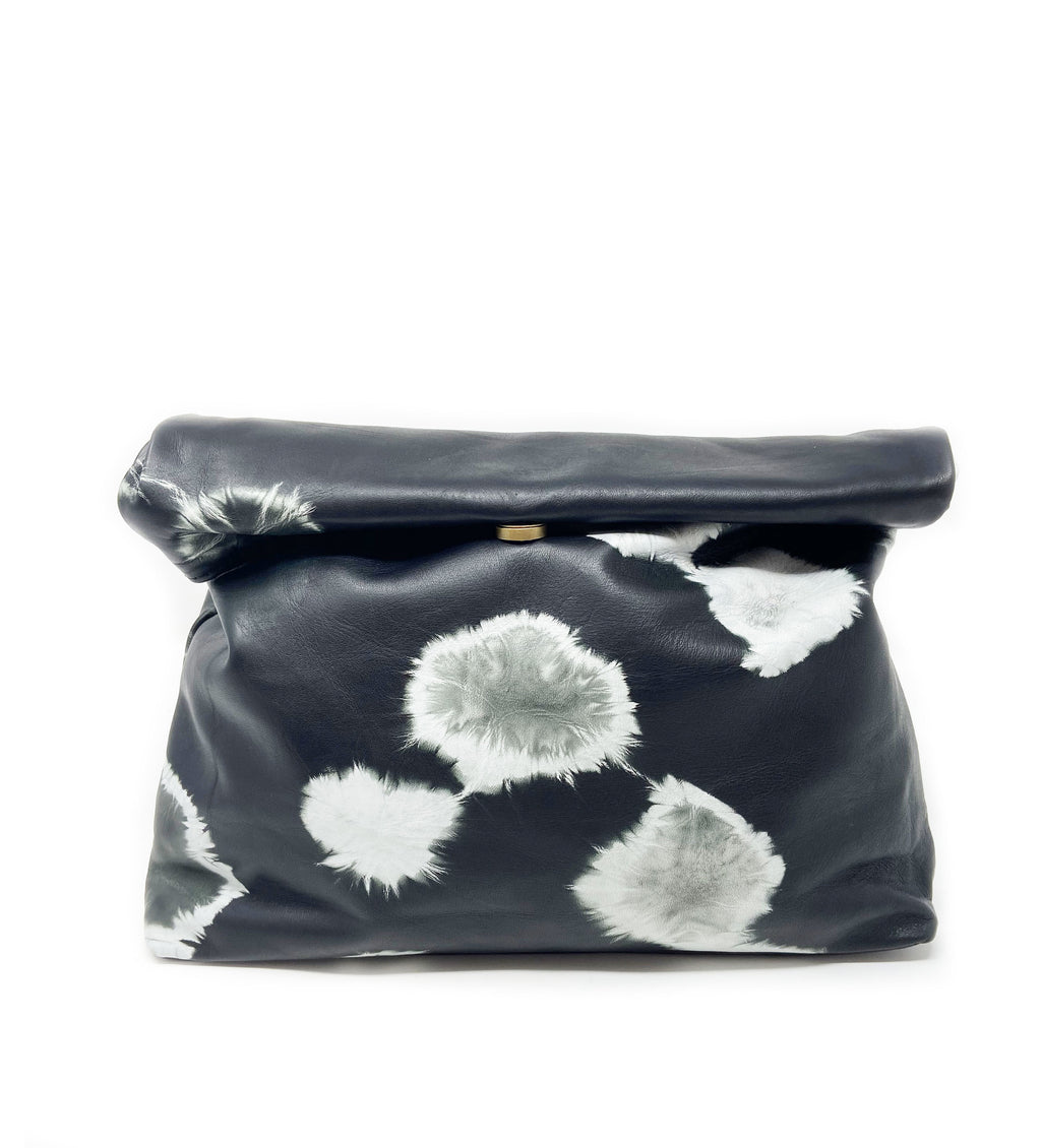 Hasset Fold Over Clutch: Black Circle