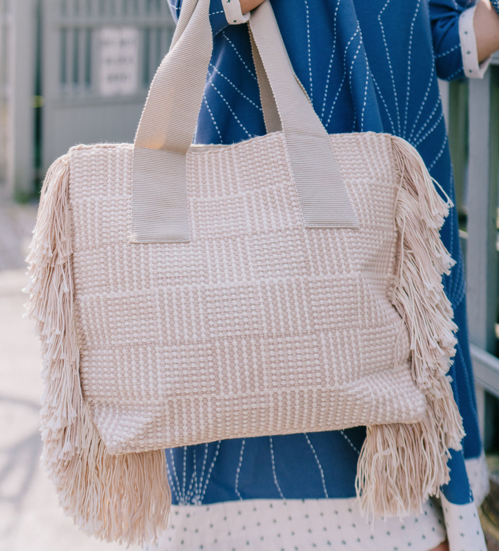 Huanca Woven Tote: Nutmeg and White