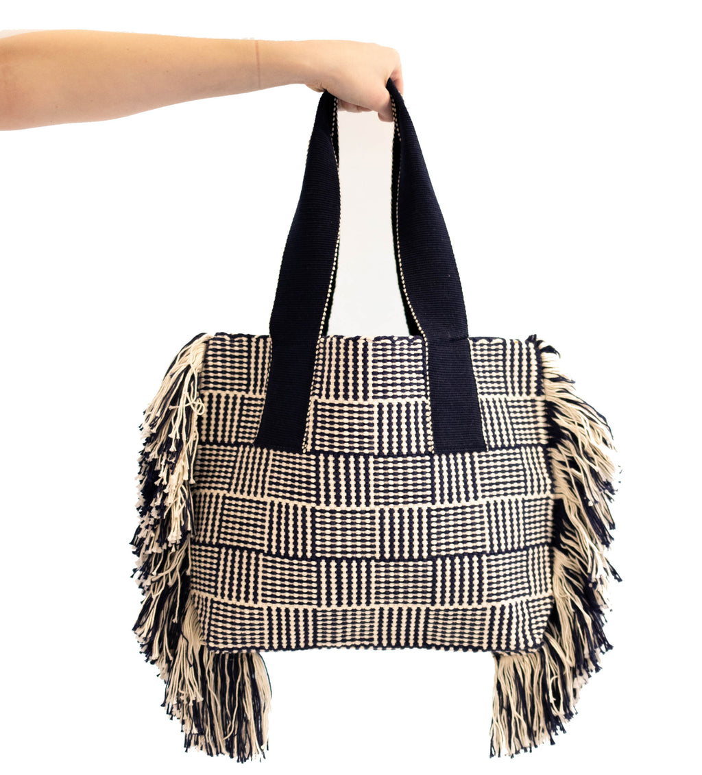 Huanca Woven Tote: Navy and White