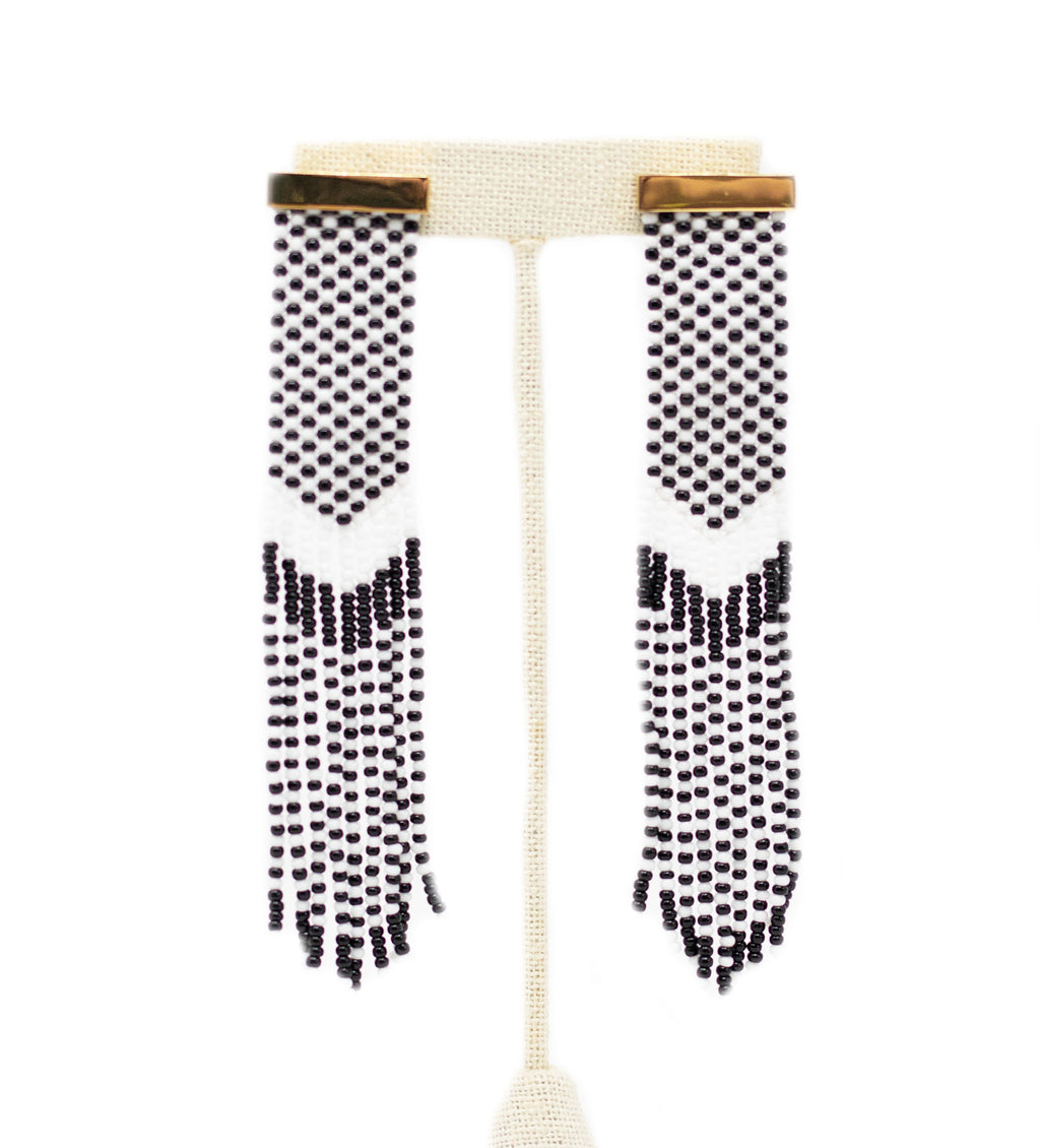 Nubia Beaded Earring: Black and White