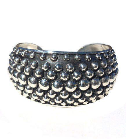 Colombian Cuff: Light Grey Maze