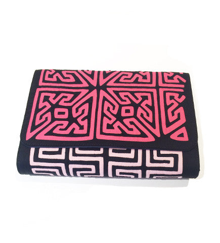 Duddu Clutch: Pink/Black