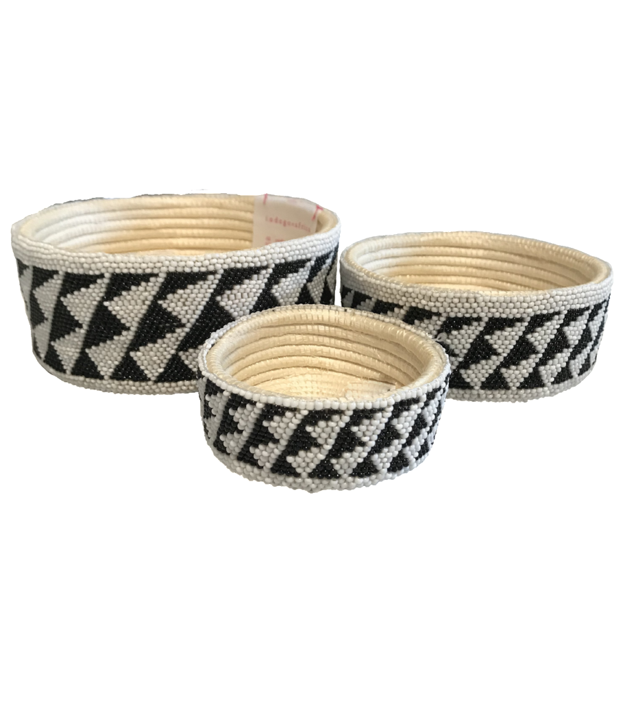 Beaded Nesting Bowls: Black and White