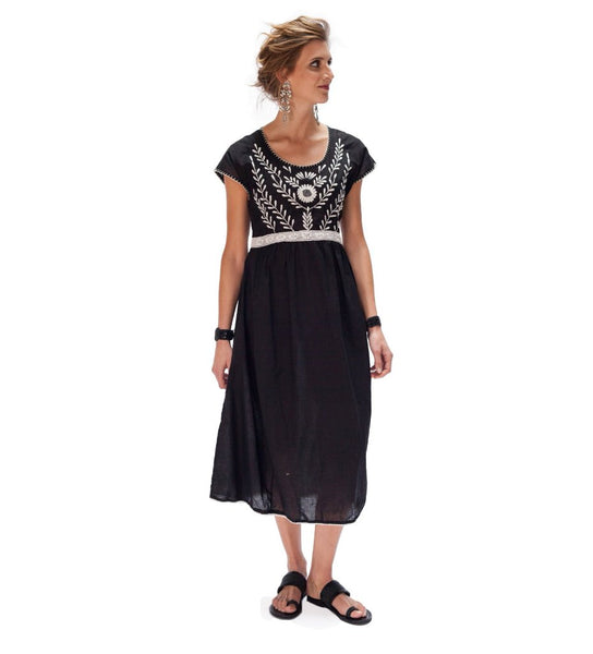 Samia Dress: Black with White