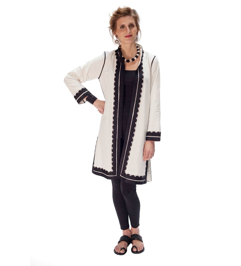 Sefrou Jacket: White with Black