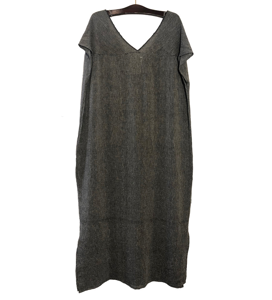 Sile V-Neck Caftan Dress: Charcoal