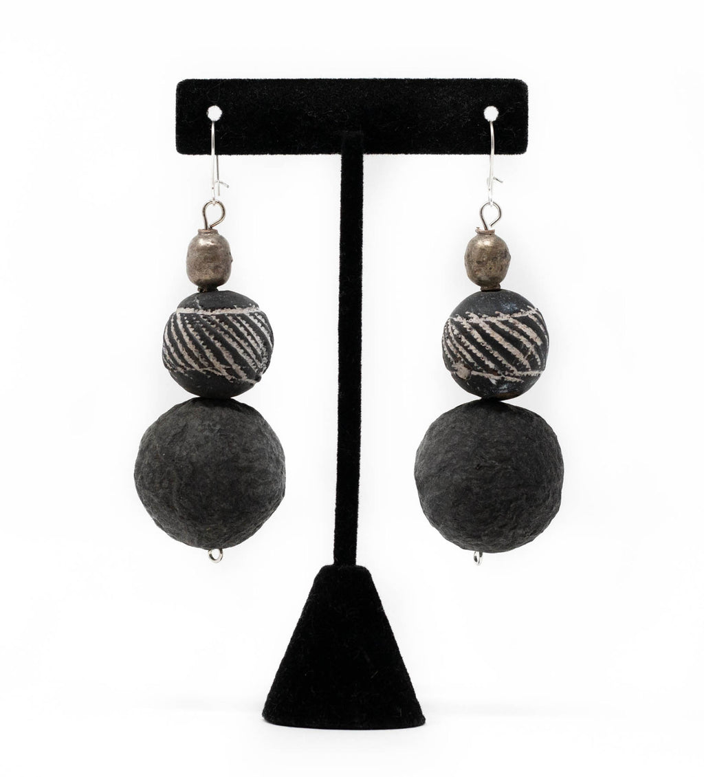 Afrodutch Mali and Black Beaded Earring