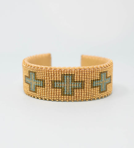 Hand Carved Lacquered Horn Bangle: Turquoise