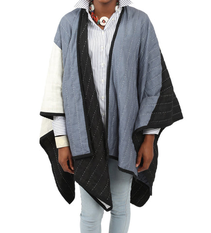 Naari Poncho: Natural/Black/Grey