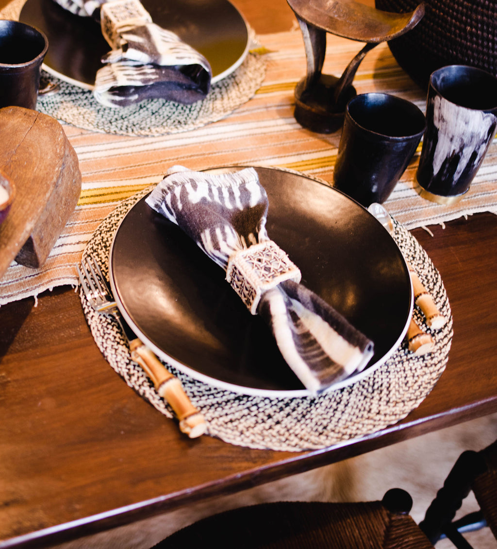 Woven Placemat: Black and Natural