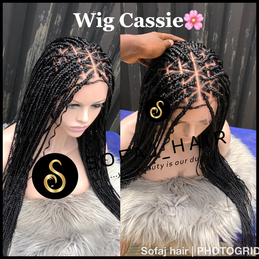 Wig Cassie. (Full lace boho triangle knotless braids)