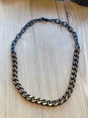 Curb Chain Short Necklace