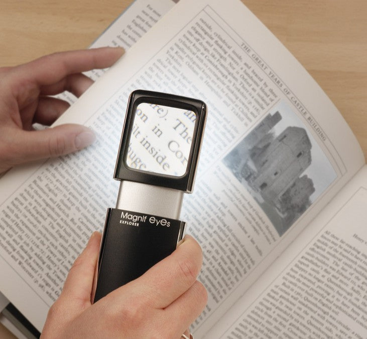 Magnif Eyes Explorer - Illuminated Pocket Magnifying Glass With LED Light