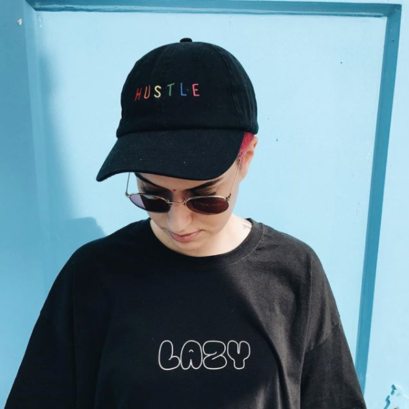 Hustle 6-panel embroidery cap in Black