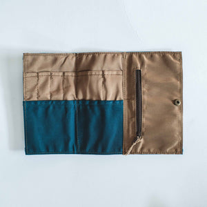 Cadden Waxed Canvas Trifold Organizer - Roots Collective PH