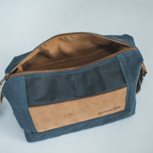 Load image into Gallery viewer, Gouache Theodore Dopp Kit - Roots Collective PH