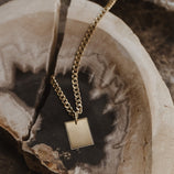 Load image into Gallery viewer, Porta Pendant - 10k Solid Gold