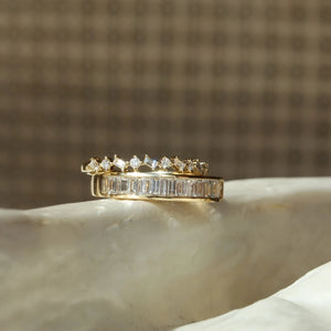 Baguette Tilt Band - 14k Solid Gold