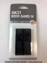 Load image into Gallery viewer, Rico Reed Gard IV Reed Holder - Clarinet/Alto Sax