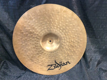 Load image into Gallery viewer, 20 inch Zildjian ZBT Plus Medium Ride Cymbal 2670g [preowned]