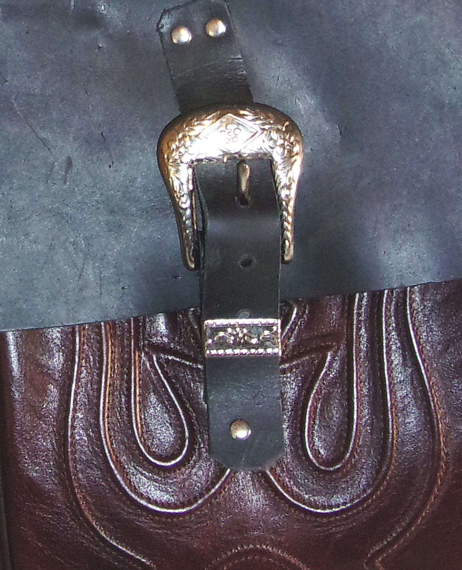 Burgundy Saddle-Bags - Distinctive Western Handbags, Purses and Totes