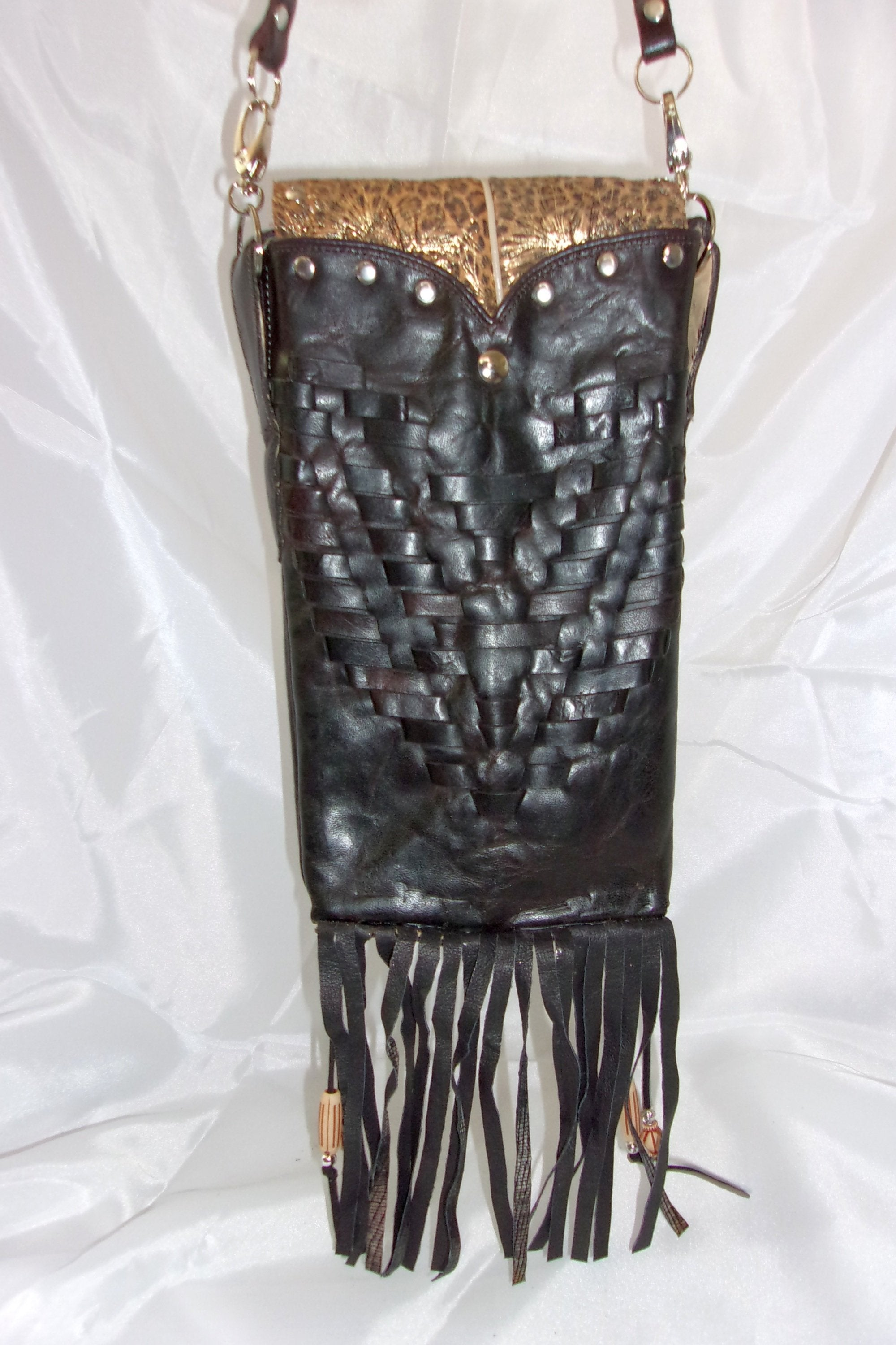Cheetah Sparkle Cross-Body Leather Hipster HP614 - Cowboy Boot Purses by Chris Thompson for Distinctive Western Fashion