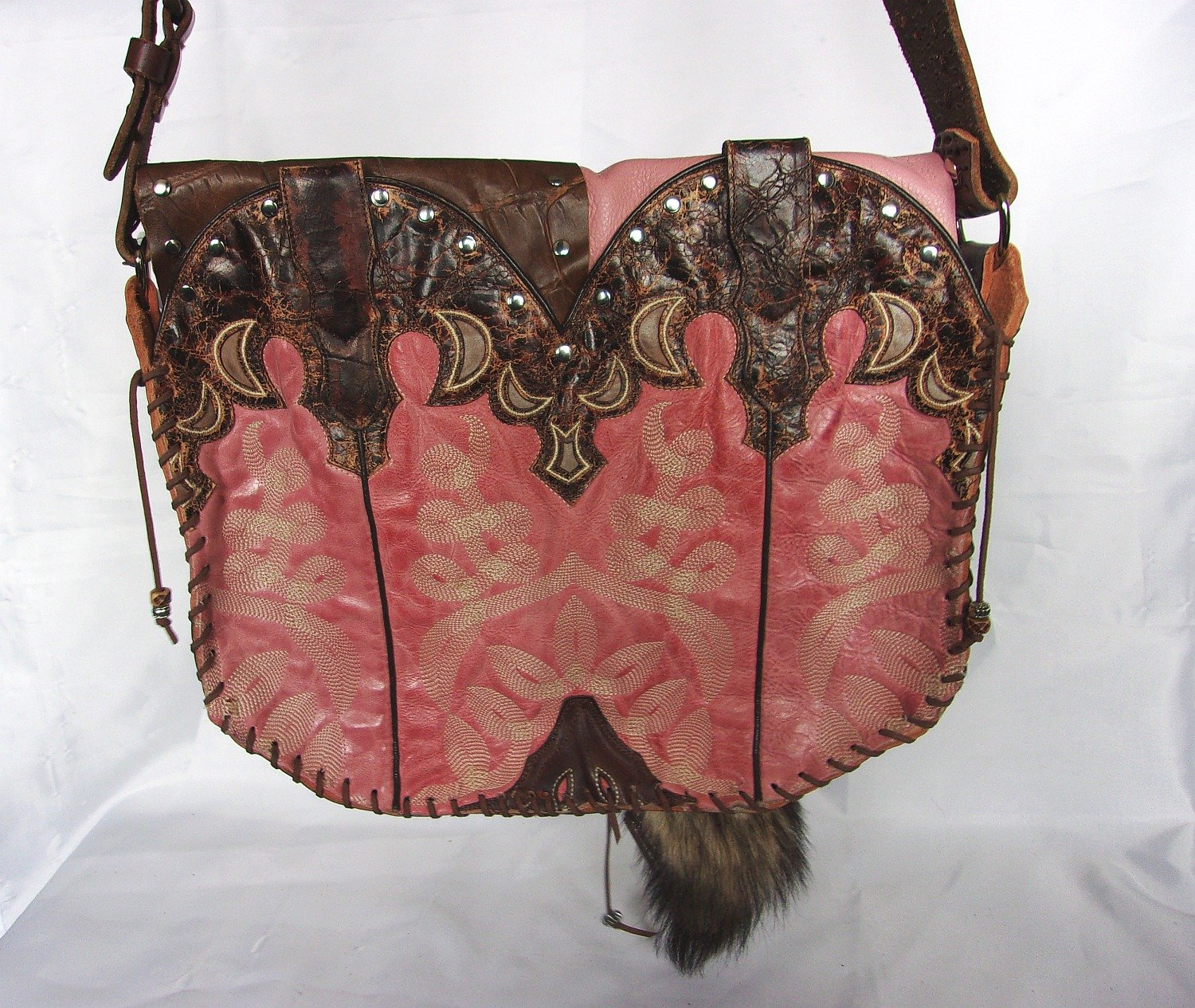 Hand-Painted Flap Top Bag FX12 - Cowboy Boot Purses by Chris Thompson for Distinctive Western Fashion
