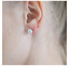 Load image into Gallery viewer, Earring- Crystal 10x10
