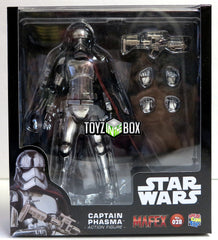 Medicom MAFEX Star Wars The Force Awakens Captain Phasma Action Figure