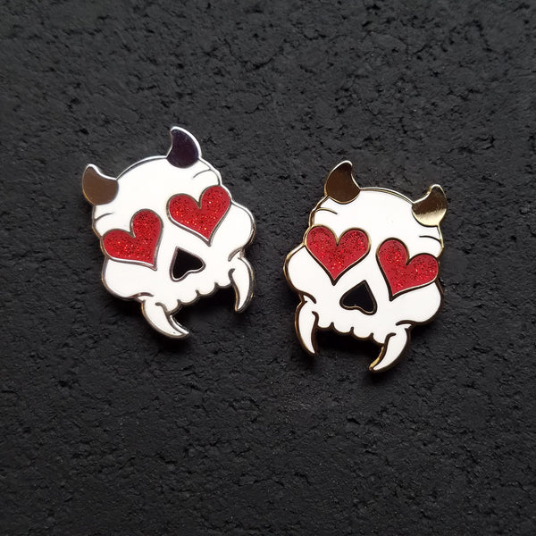 Glitter Heart Eyed Devil Skull