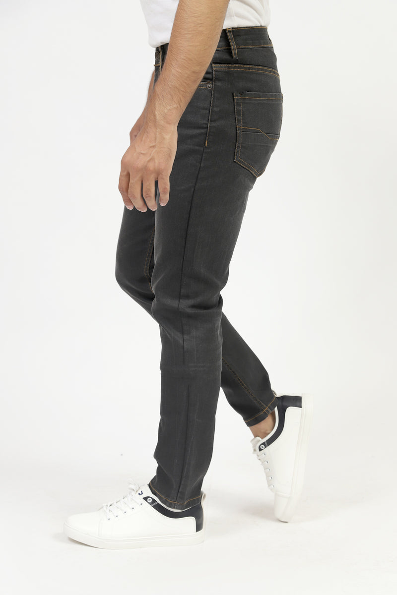 Black Jeans With Tobacco Stitch