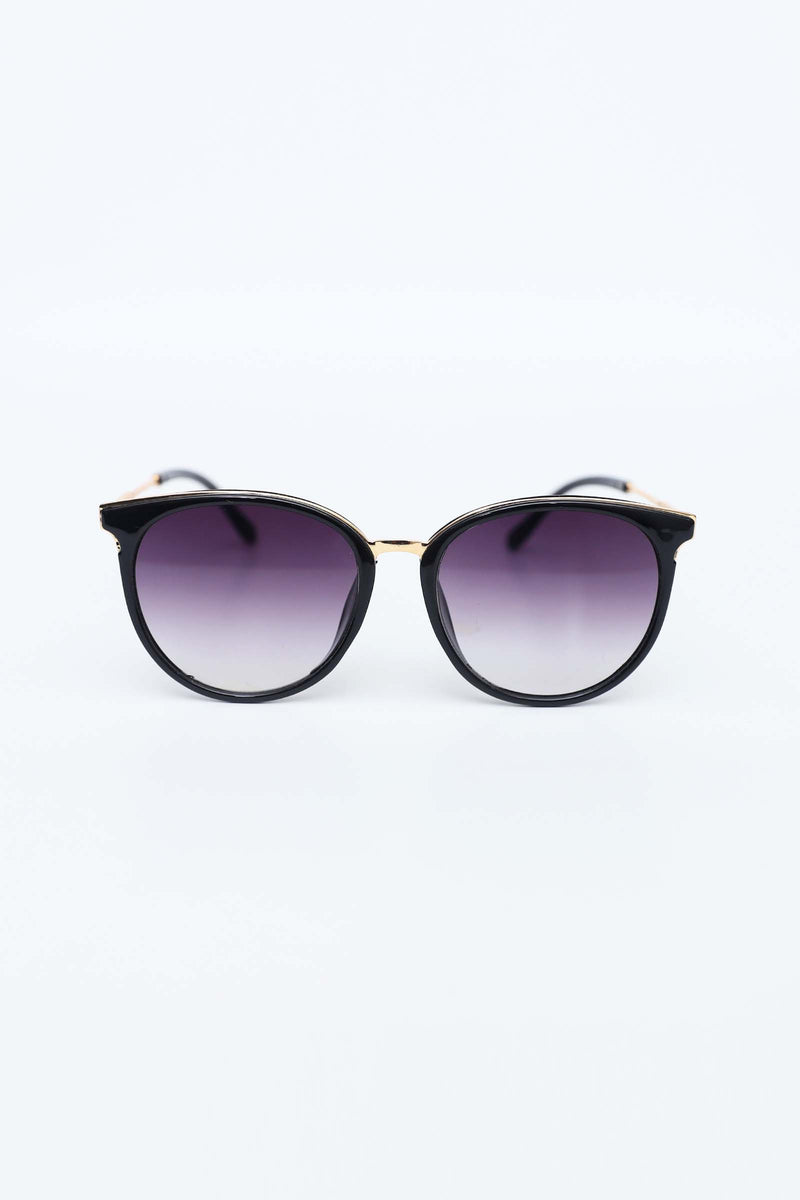 Black Cat-eyed Sunglasses