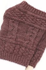 Short Gloves With Cable Knit
