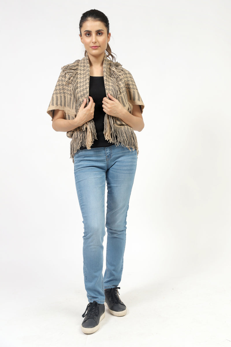 Hound Tooth Poncho With Sleeves