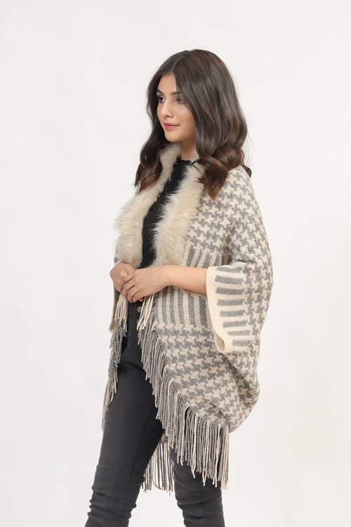 Hound Tooth Cape Shawl With Fur