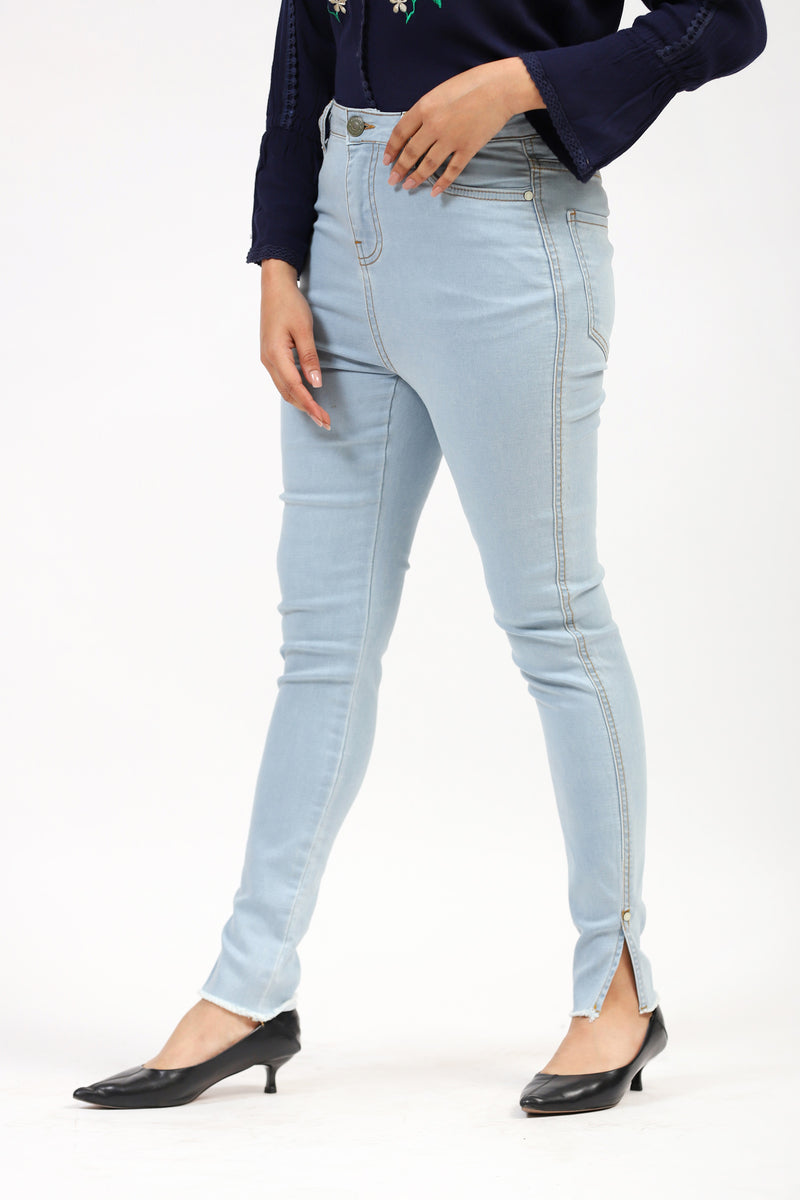 Light Blue Jeans With Bottom Slit
