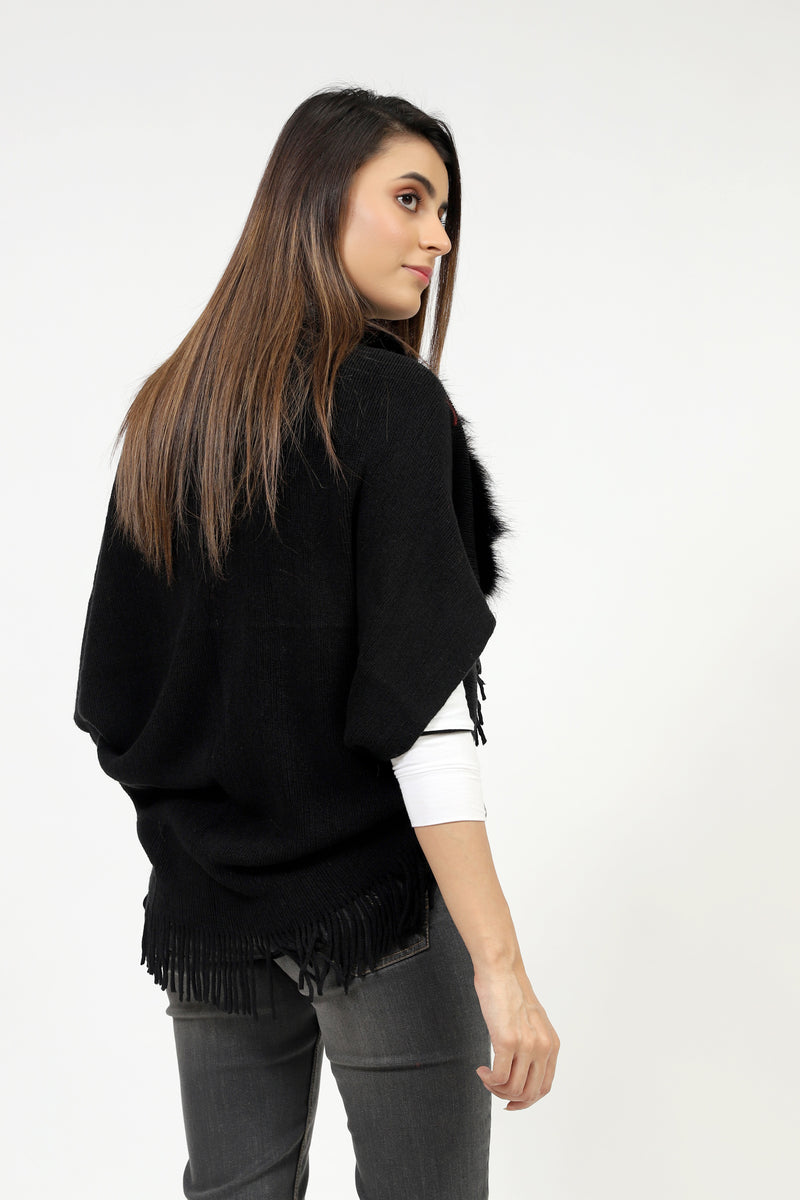 Short Body Solid Poncho With Fur