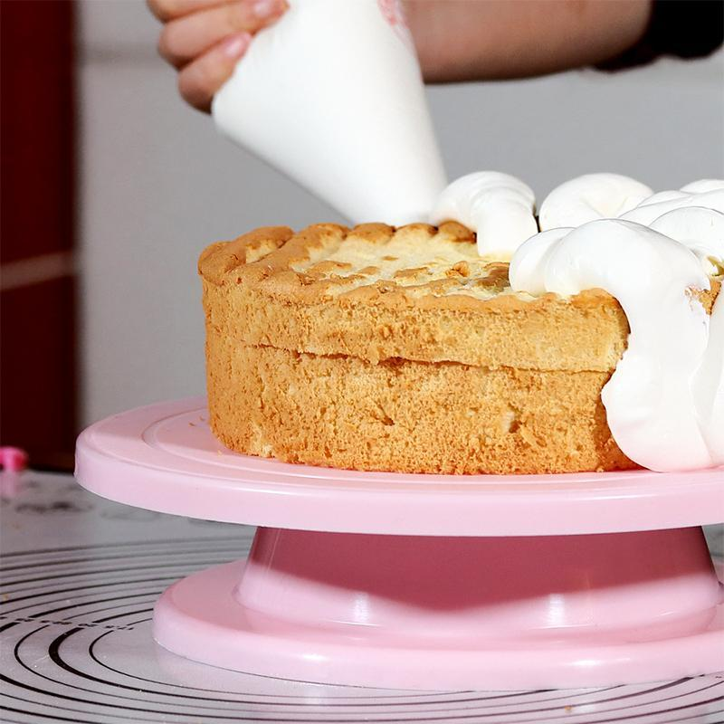 Rotating Cake Decorating Turntable