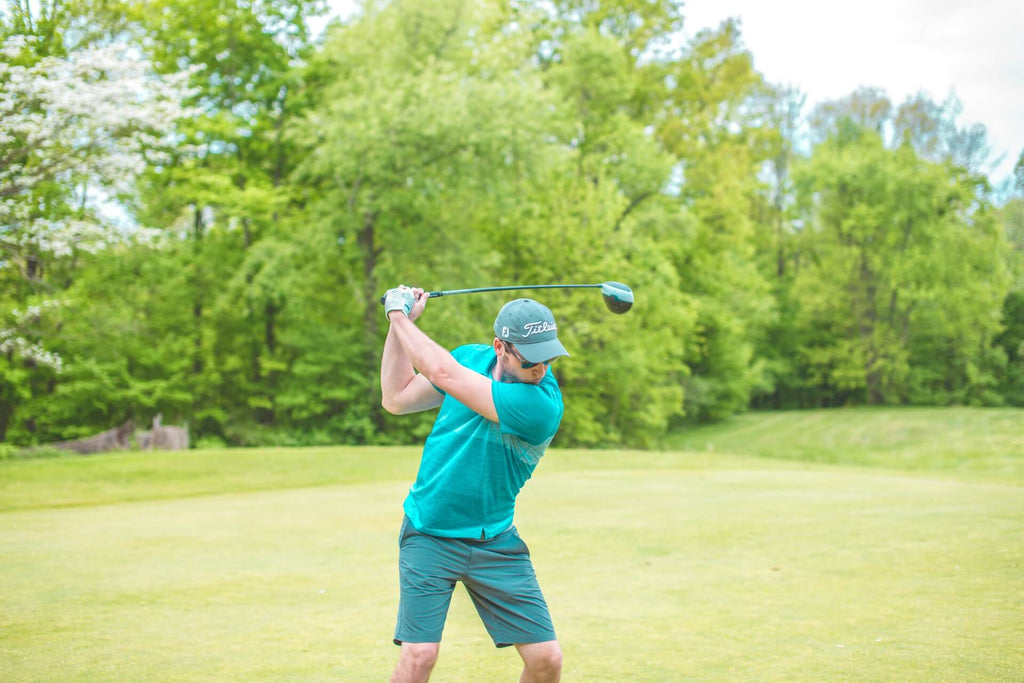 10 Best Golf Swing Tips For Beginners - Feelthestretch