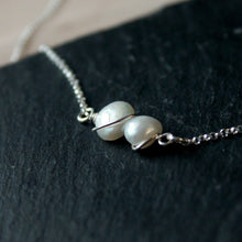Load image into Gallery viewer, Two pearls One Shell Necklace
