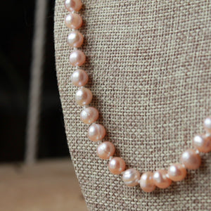 Blush Pearls Rosary necklace (round)